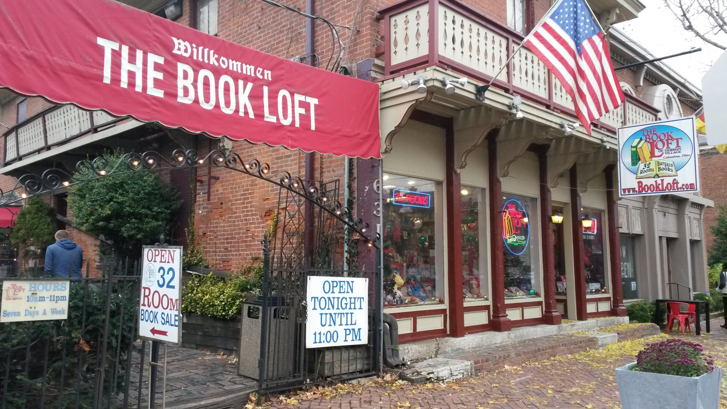 A bookshop in Ohio, America called the Book Loft.